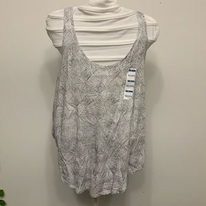 NWT 2 pack of old navy relaxed tank tops